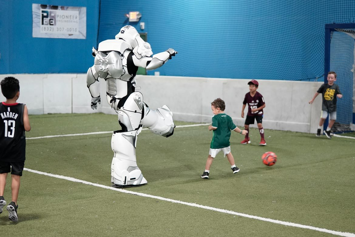 robots-extreme-houston-soccer-party-9