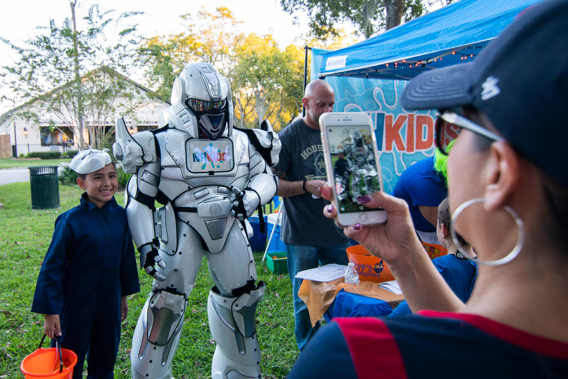 robots-extreme-houston-halloween-in-the-park-4