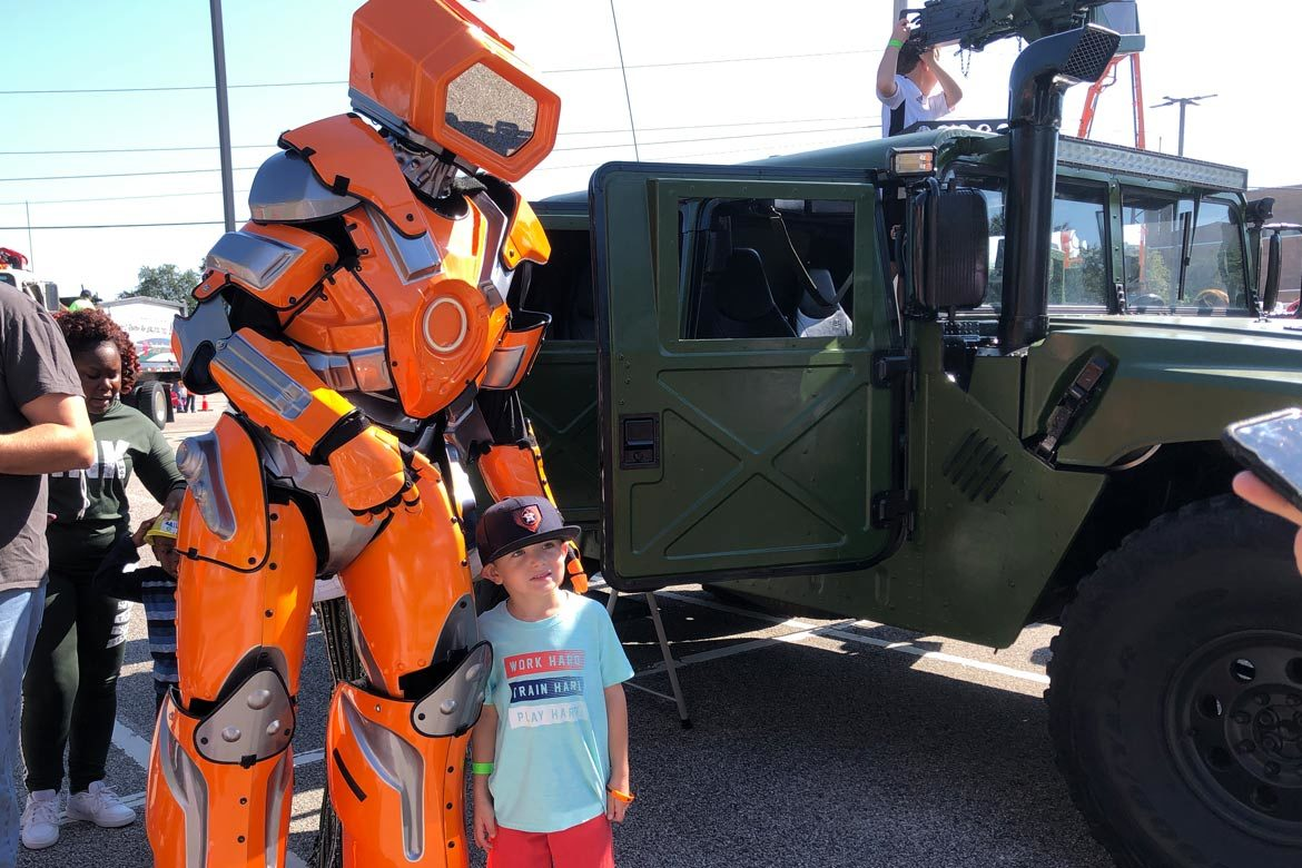 touch-a-truck-beaumont-robots-extreme